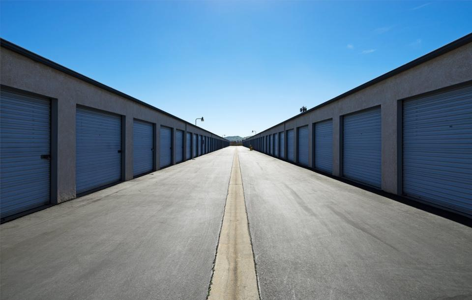 Off site storage facility comprising 32 new units.